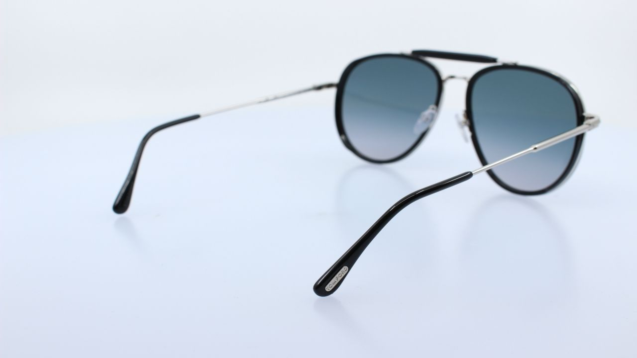 TOM FORD - 01B - TF666